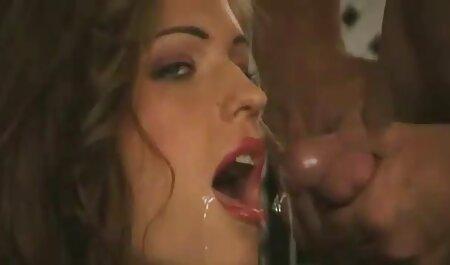 एमआईएलए रेड इंडियन डेनिस जेन्सेन उसके गाल लेता है और एक मर्दाना काले पर बदल गया सेक्सी मूवी वीडियो हिंदी