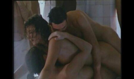 लंबे पैर आदमी के चेहरे पर बैठे सेक्सी पिक्चर हिंदी मूवी और हम उसे करने के लिए भेजा के साथ एक जवान लड़की