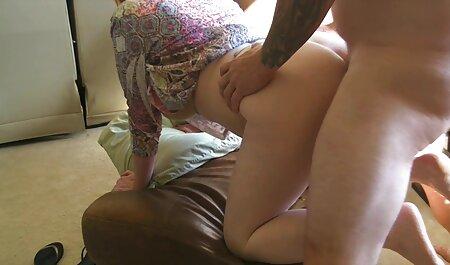 नए दोस्त पर एक बड़ी लड़की सेक्सी हिंदी फुल मूवी