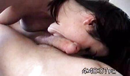 पीछे के कमरे में सुनहरे बालों वाली हिंदी सेक्स मूवीस लड़की