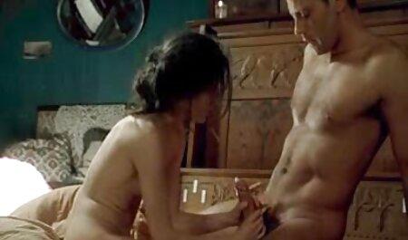 पहला सेक्सी सेक्सी हिंदी मूवी दिन पर एक युवक कैंडी के साथ सेक्स,