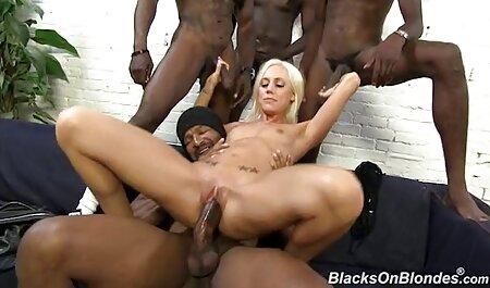 काले सेक्सी हिंदी मूवी वीडियो आदमी दो महिलाओं को प्यार करता है ।