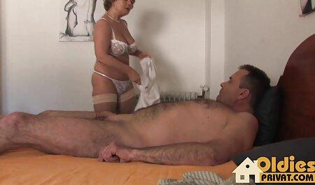काले, एचडी एचडी सेक्सी मूवी उसके पति गंजा सेवा करने के लिए
