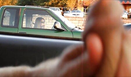 आबनूस खुली एक कंडोम, उसका एक दोस्त में फुल सेक्स हिंदी फिल्म