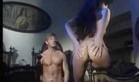 बिग साबुन स्तन, हिंदी पिक्चर सेक्सी मूवी और बाथरूम में