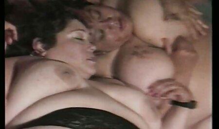 समलैंगिक का एक गुच्छा के विश्राम जगह पर समूह हिंदी सेक्स वीडियो मूवी एचडी