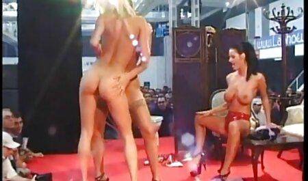 काल्पनिक लड़की बंधे हाथों सेक्सी वीडियो मूवी हिंदी में के साथ