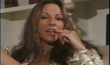 स्कीनी लड़की के सेक्सी पिक्चर फुल मूवी साथ पहली बैठक में नकाबपोश और शौकिया सेक्स