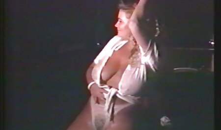 छाती बेज रंग और सेक्सी वीडियो फुल फिल्म नग्न शरीर है