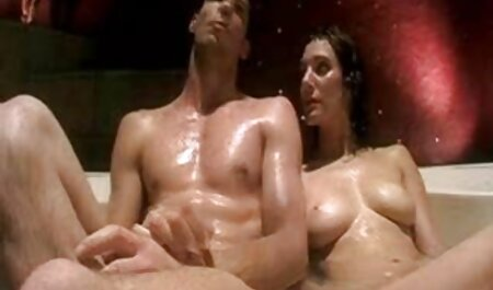काले सौंदर्य उसके पति के साथ घर पर एक हिंदी मूवी एचडी सेक्सी वीडियो जुनून है,